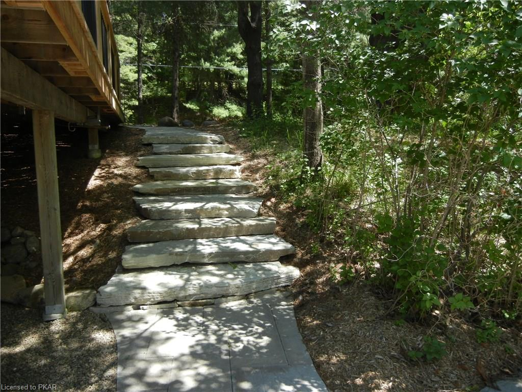 98 FITCH Lane, North Kawartha Township, Ontario (ID 181161)