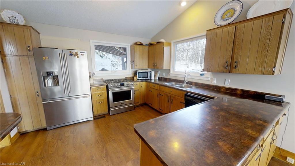 1493 FIELDALE Road, Huntsville, Ontario (ID 239732)