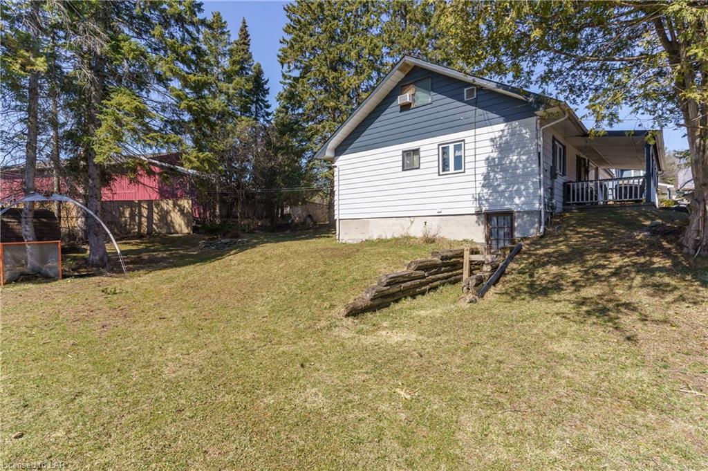 4 KITCHEN Road, Huntsville, Ontario (ID 40095097)