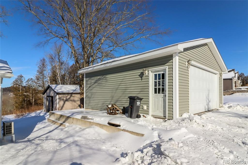 162 Kennebecasis River Road, Hampton, New Brunswick (ID NB053896)