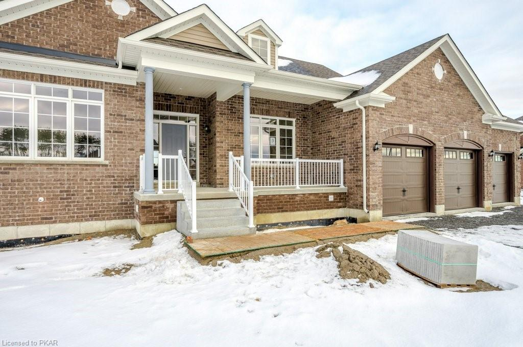 15 CHARLES TILLEY Crescent, Newtonville, Ontario (ID 240771)