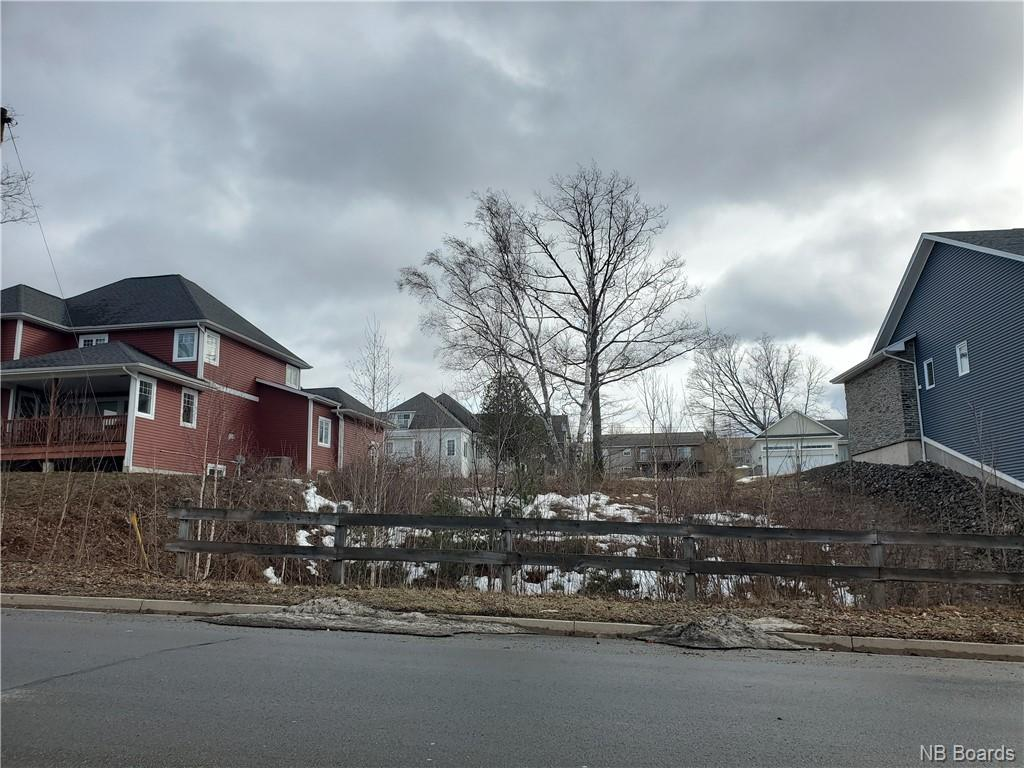 08-139 Monsella Court, Fredericton, New Brunswick (ID NB055131)
