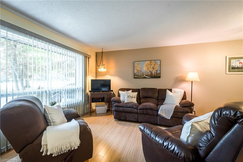 614 HIGHWAY 141 Highway, Port Sydney, Ontario (ID 213859)
