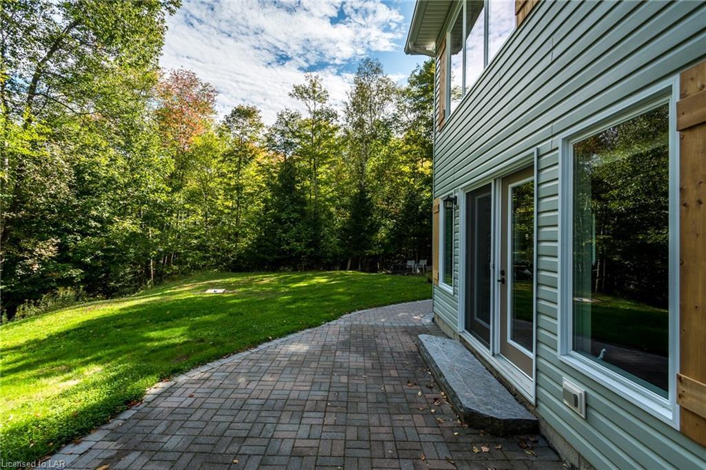 48 DEERFOOT Trail, Huntsville, Ontario (ID 222805)