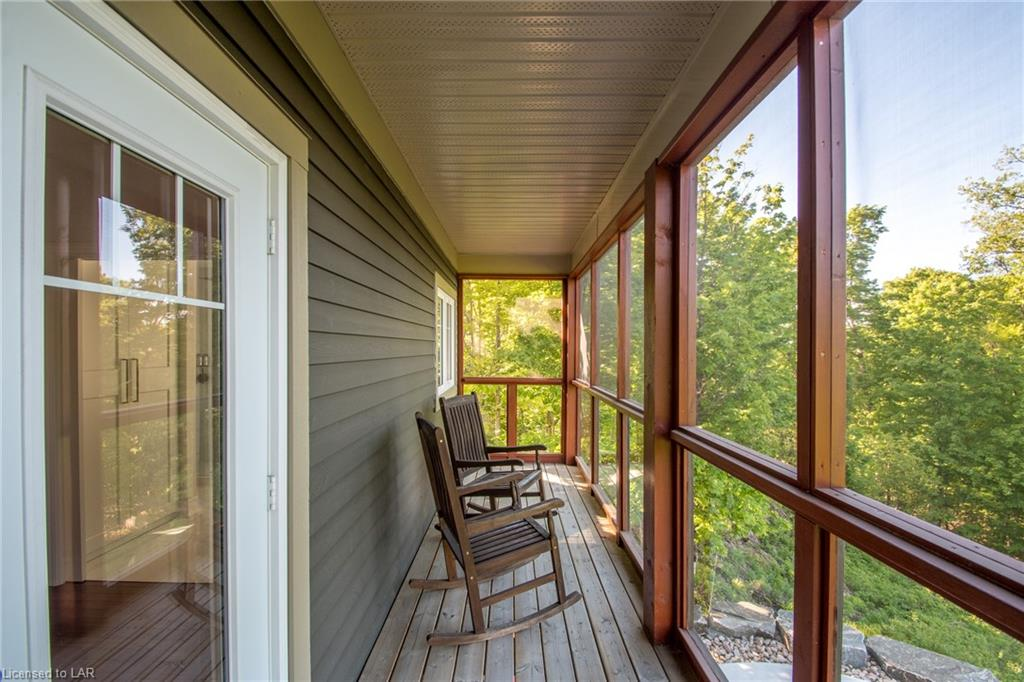 7 OLD HEMLOCK Trail, Huntsville, Ontario (ID 40120436)