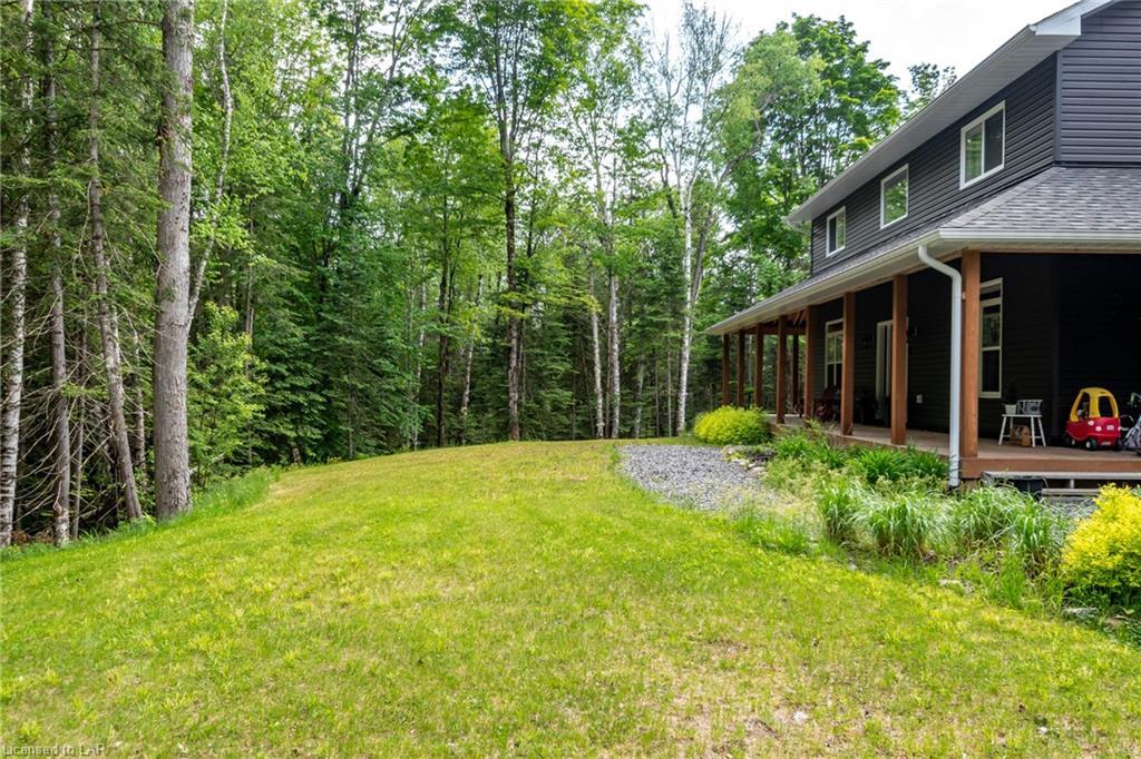 96 LINDGREN Road E, Huntsville, Ontario (ID 40123981)