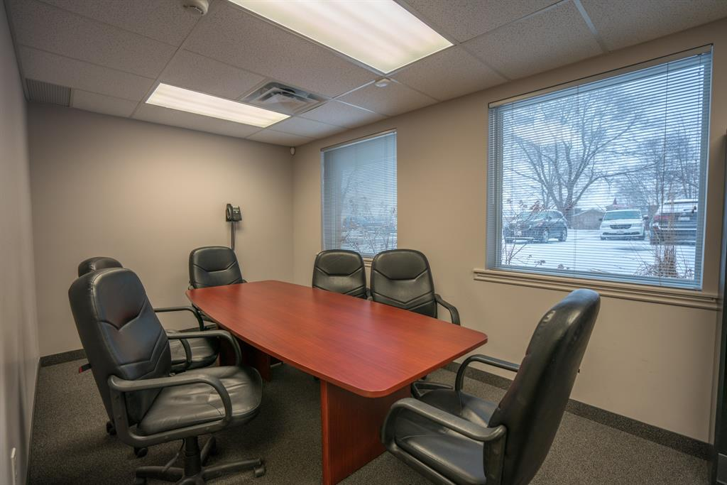 420 EAST Street North Unit# 13, Sarnia, Ontario (ID 21000374)