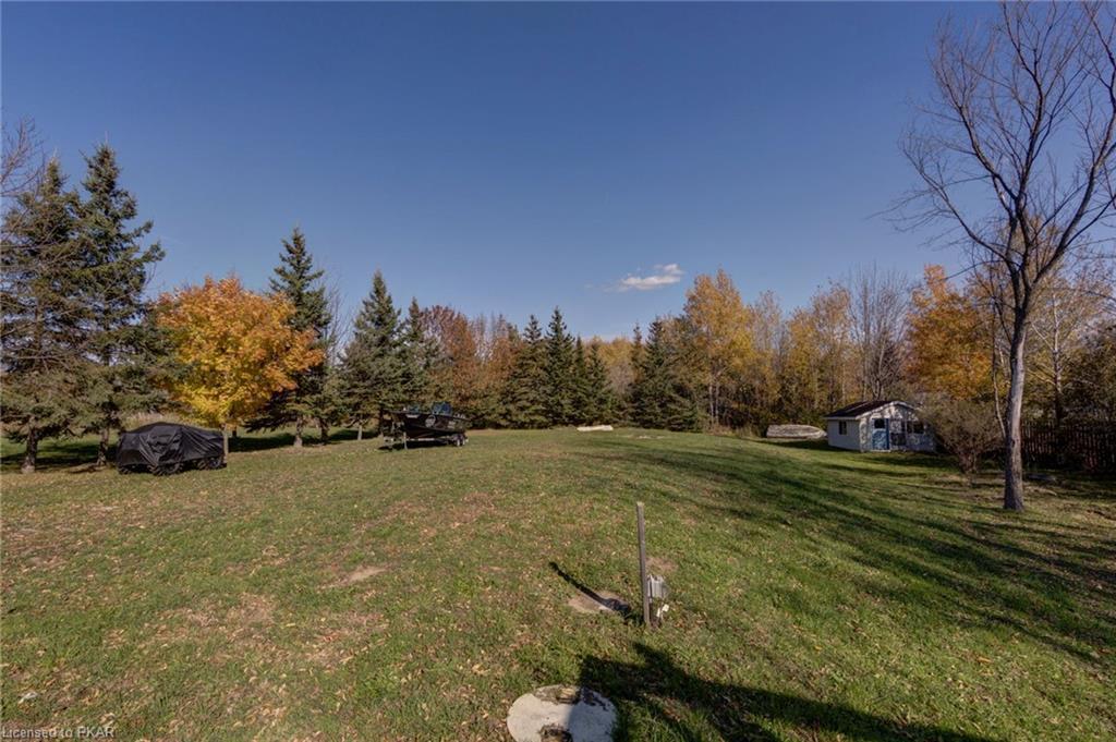 627 ROBINSON Road, Ennismore, Ontario (ID 242879)
