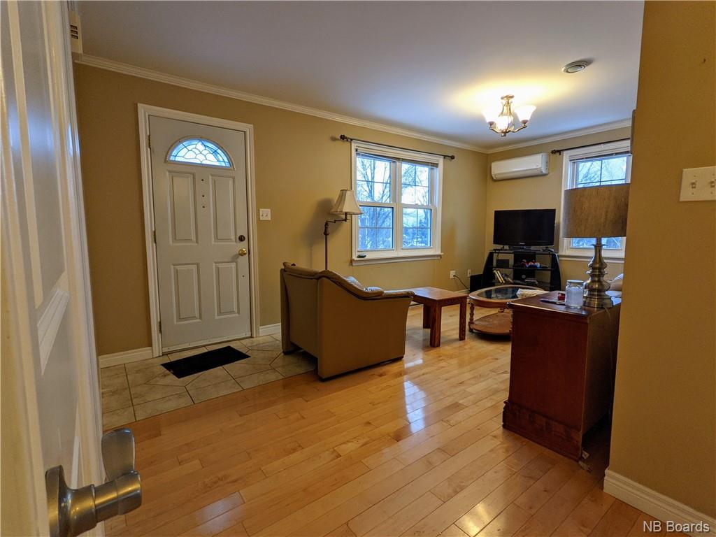 105 Capital Manor, Fredericton, New Brunswick (ID NB052646)