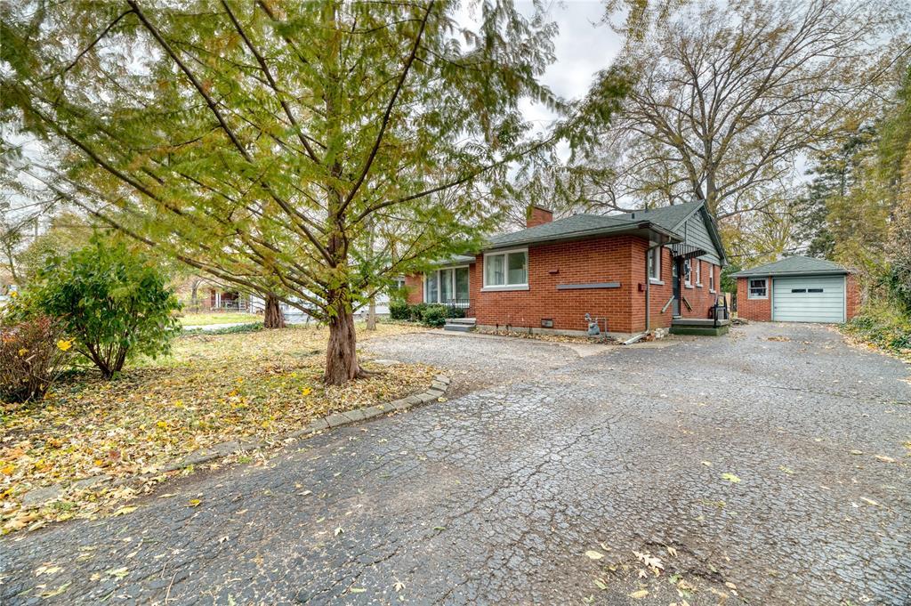 1255 COLBORNE Road, Sarnia, Ontario (ID 19028165)