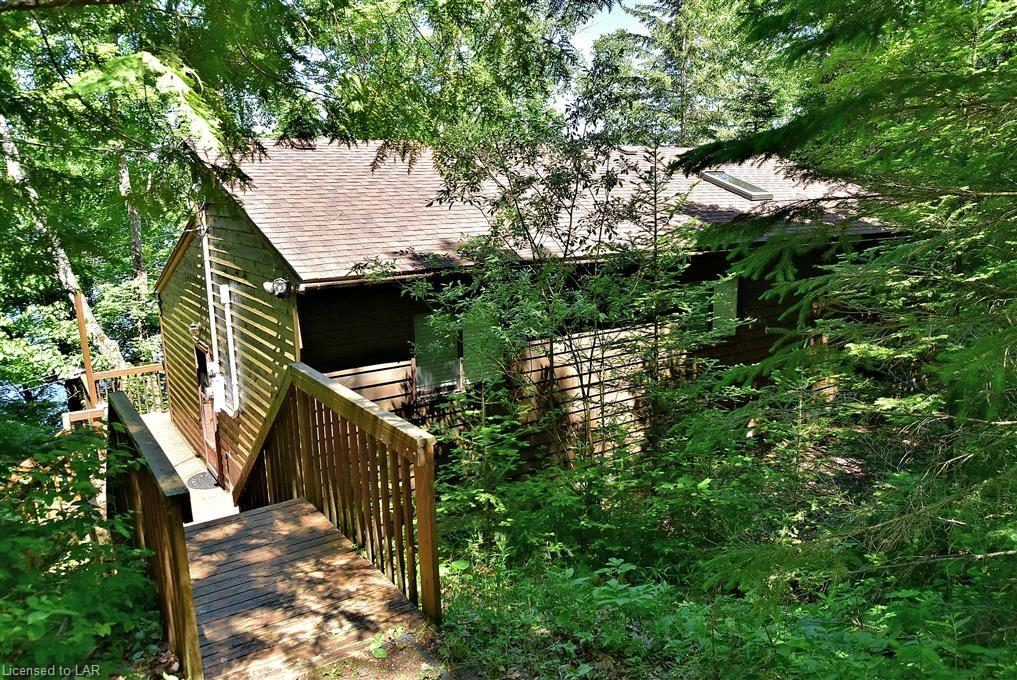 1065 SPIRIT Trail, Haliburton, Ontario (ID 134075)