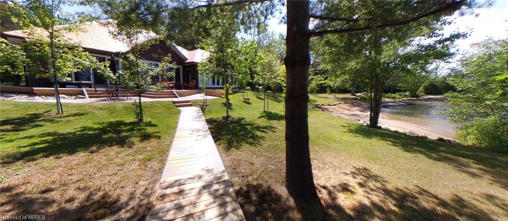 208 PINE Drive, Callander, Ontario (ID 40082341)