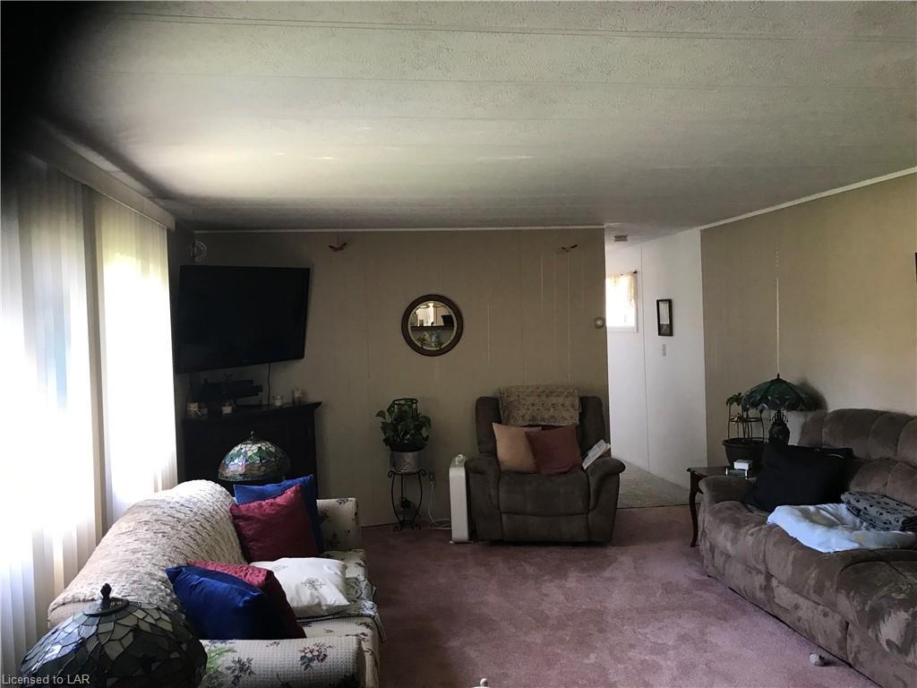 1051 EIGHTH Lane, Minden, Ontario (ID 247963)