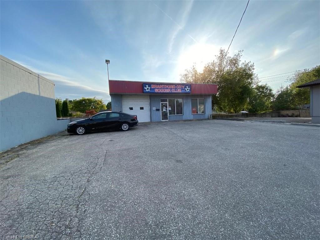 160 CHARING CROSS Street, Brantford, Ontario (ID 40030283)