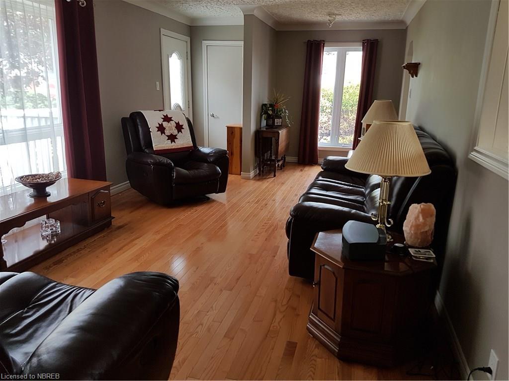 375 ALBERT Avenue, North Bay, Ontario (ID 140002)
