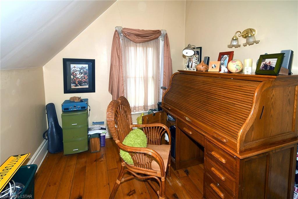 581 MAIN Street, Woodstock, Ontario (ID 280045)