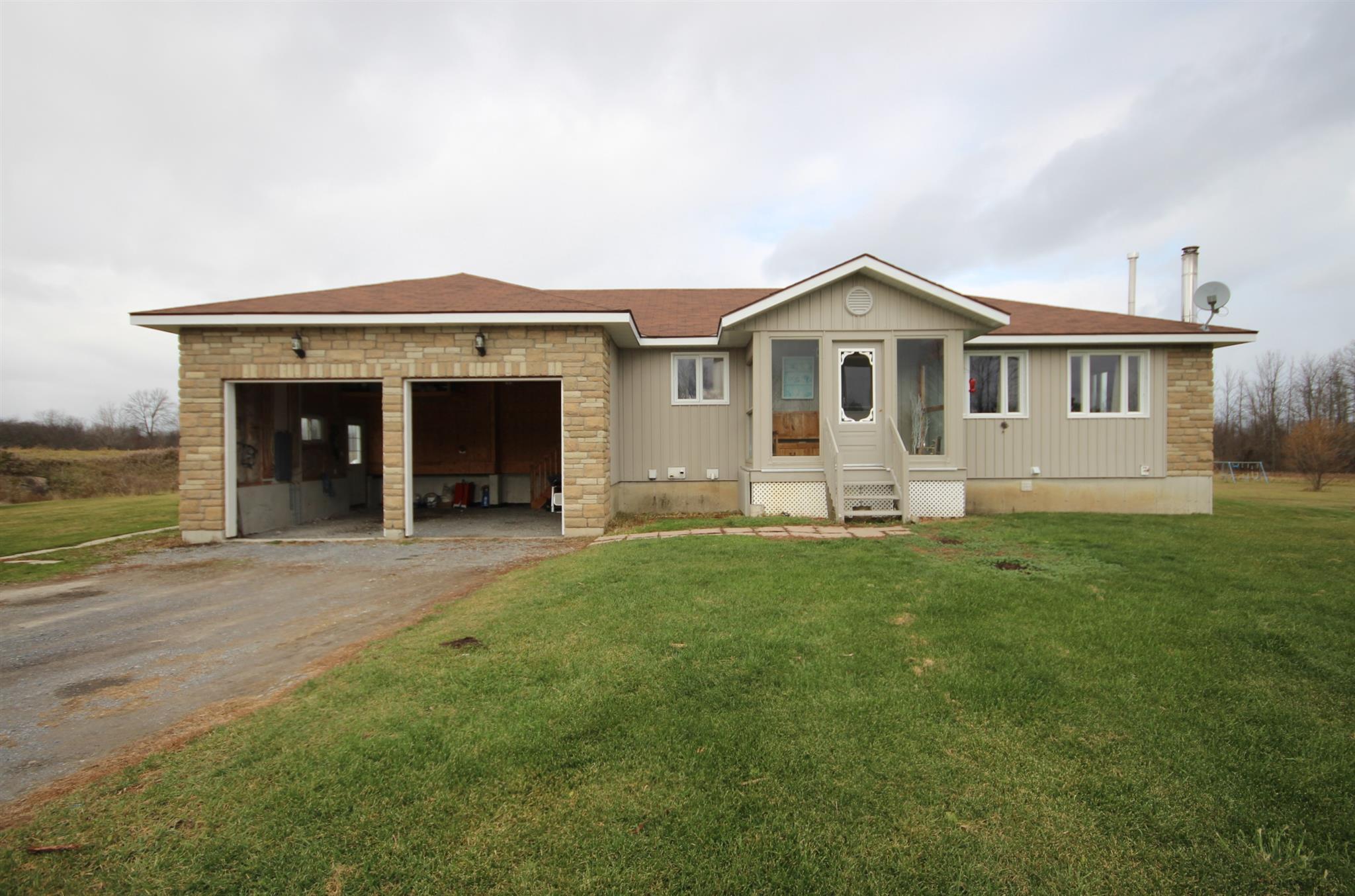 107 Cowdy Road, Stone Mills, Ontario (ID K20006630)