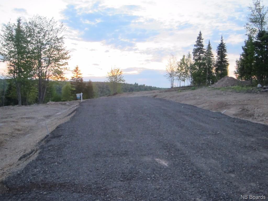 2011-12 Inspiration Lane, Penniac, New Brunswick (ID NB041037)