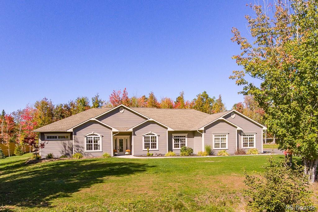 17 Cedar Circle Road, Douglas, New Brunswick (ID NB041249)