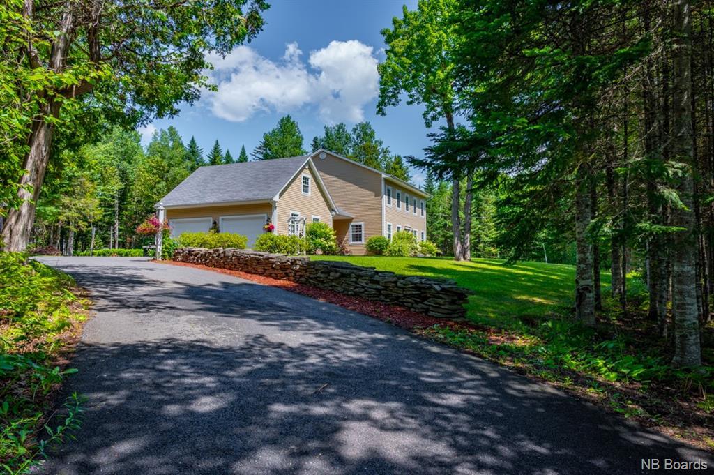 61 Blue Heron Drive, Hanwell, New Brunswick (ID NB046375)
