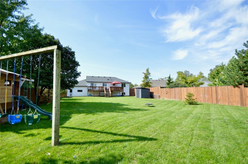 477 SYCAMORE Crescent, Plympton-wyoming, Ontario (ID 21018338)