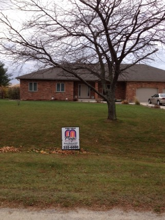 8669 VANCE DR, Lambton Shores, Ontario (ID 201467478)