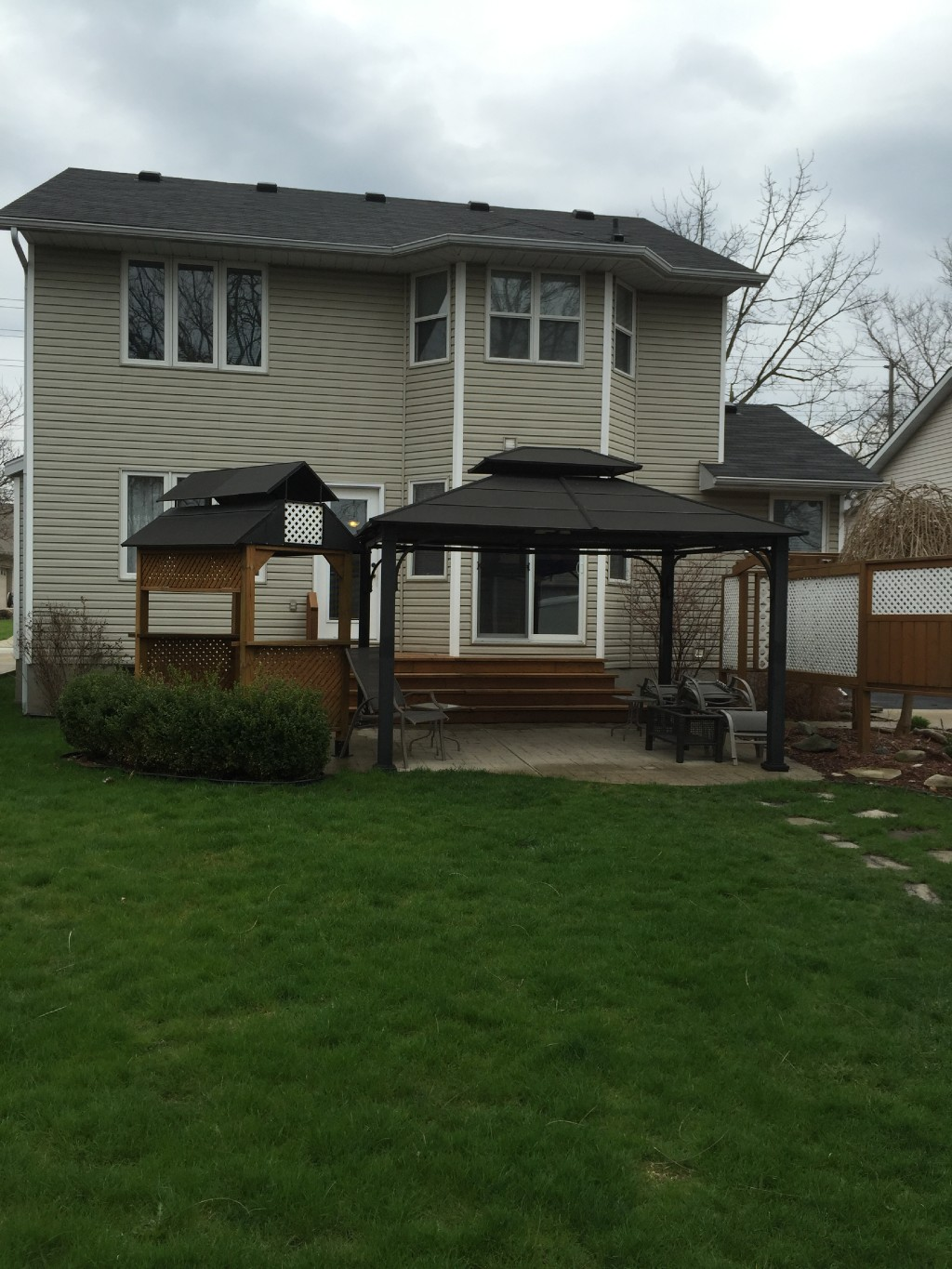 1209 EMILY ST, St. Clair, Ontario (ID 201672338)