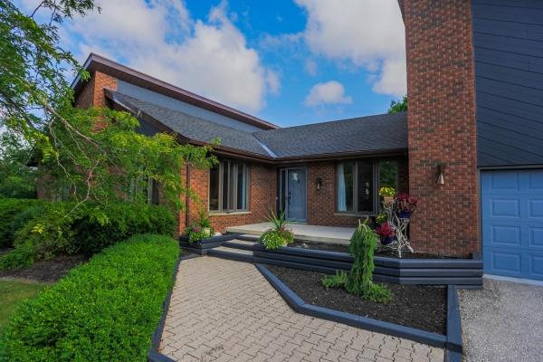 5457 Huron View Ave, Lambton Shores, Ontario (ID 201673750)