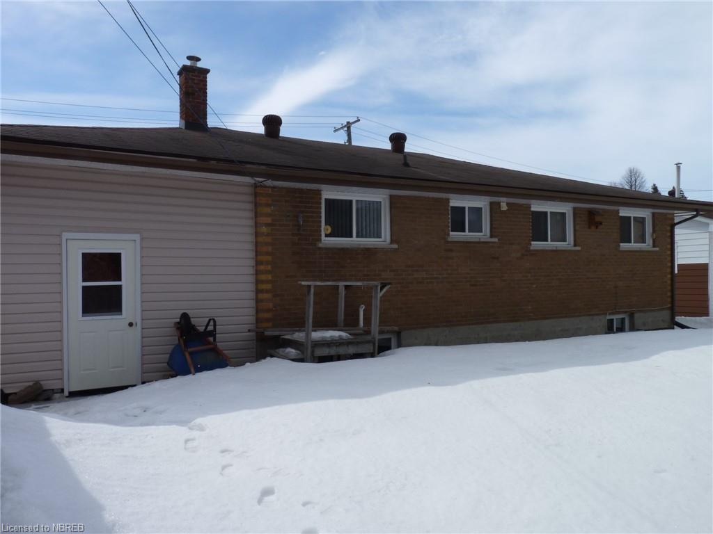 476 GREENWOOD Avenue, North Bay, Ontario (ID 251196)