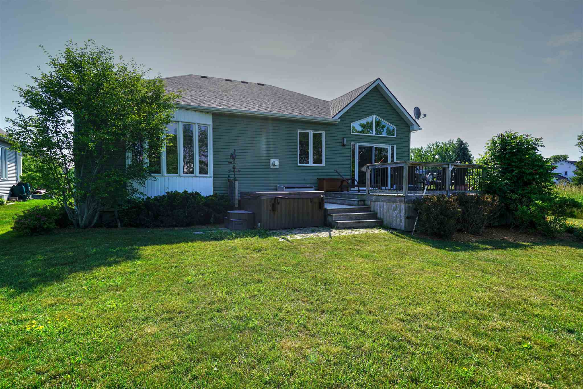 24 Country Club Drive, Bath, Ontario (ID K20003790)