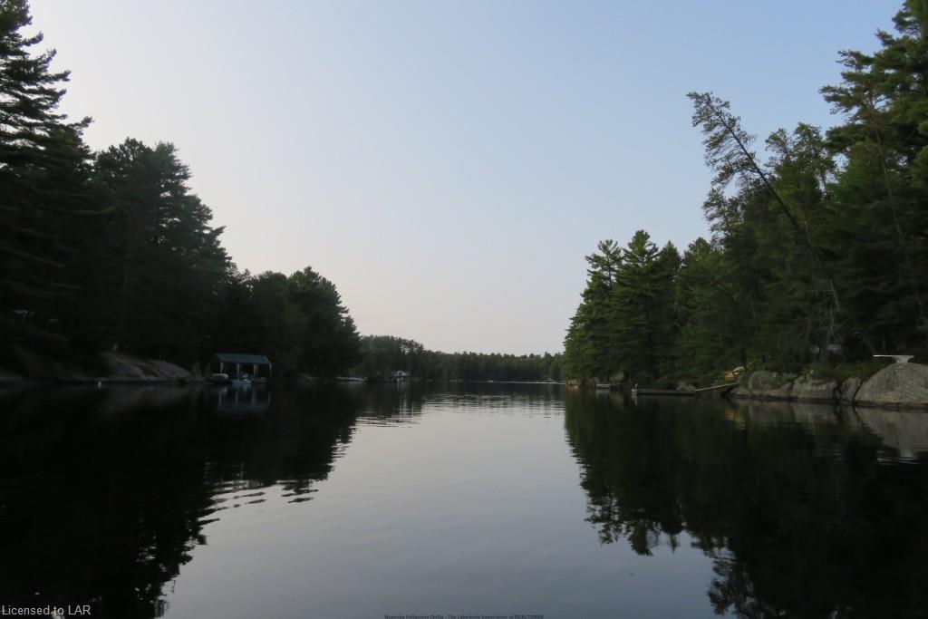 RANGER BAY, Loring, Ontario (ID LA522360277)