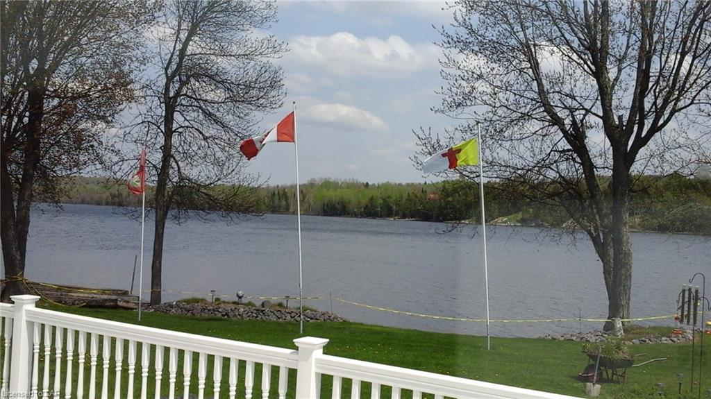 176 GRAYBOW Drive, Commanda, Ontario (ID 203890)
