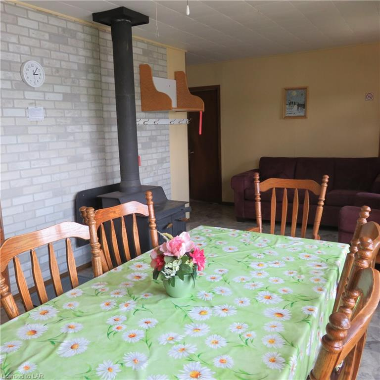 1-2 BROOKS COTTAGES Road, Loring, Ontario (ID 211404)