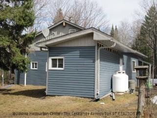 736 SAVAGE SETTLEMENT RD, Novar, Ontario (ID 521610583)