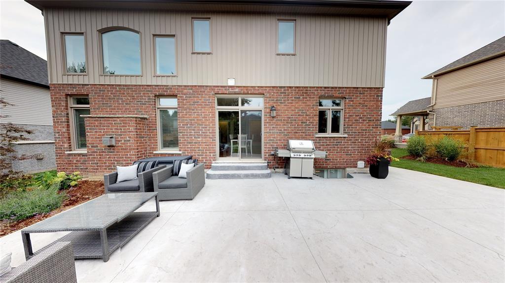 673 Ketter Way, Plympton-wyoming, Ontario