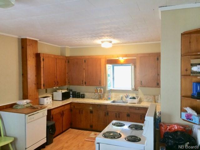 615 Kennebecasis River Road, Hampton, New Brunswick (ID NB022127)