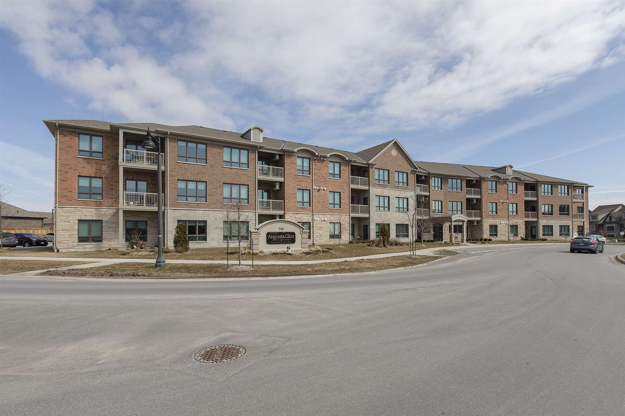 Unit# 301 740 Augusta Drive, Kingston, Ontario (ID K20006954)