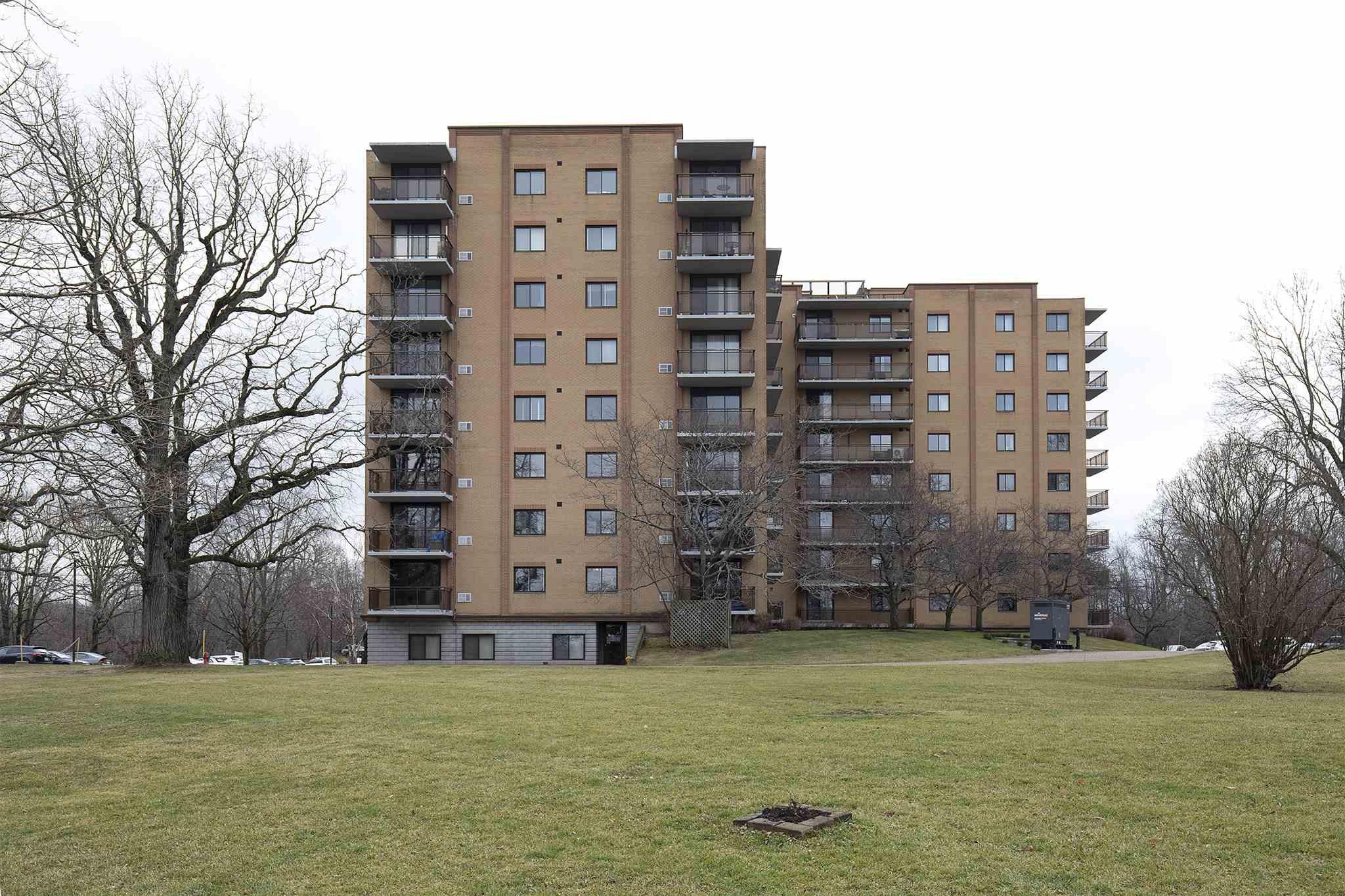 Unit# 609 120 Barrett Court, Kingston, Ontario (ID K20006993)