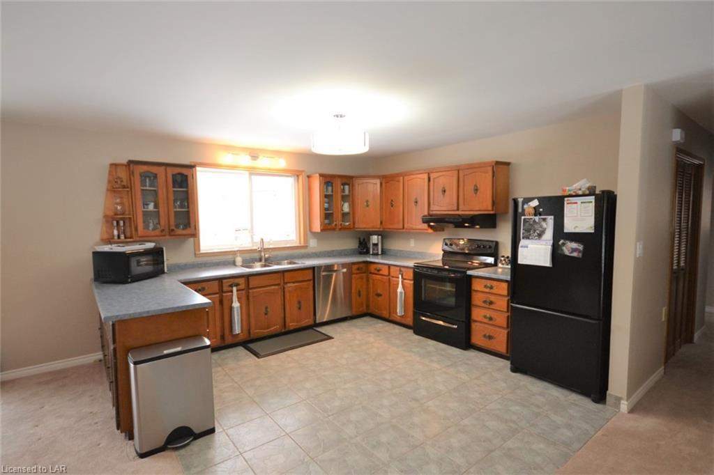 414 BOBCAYGEON Road, Minden, Ontario (ID 249123)