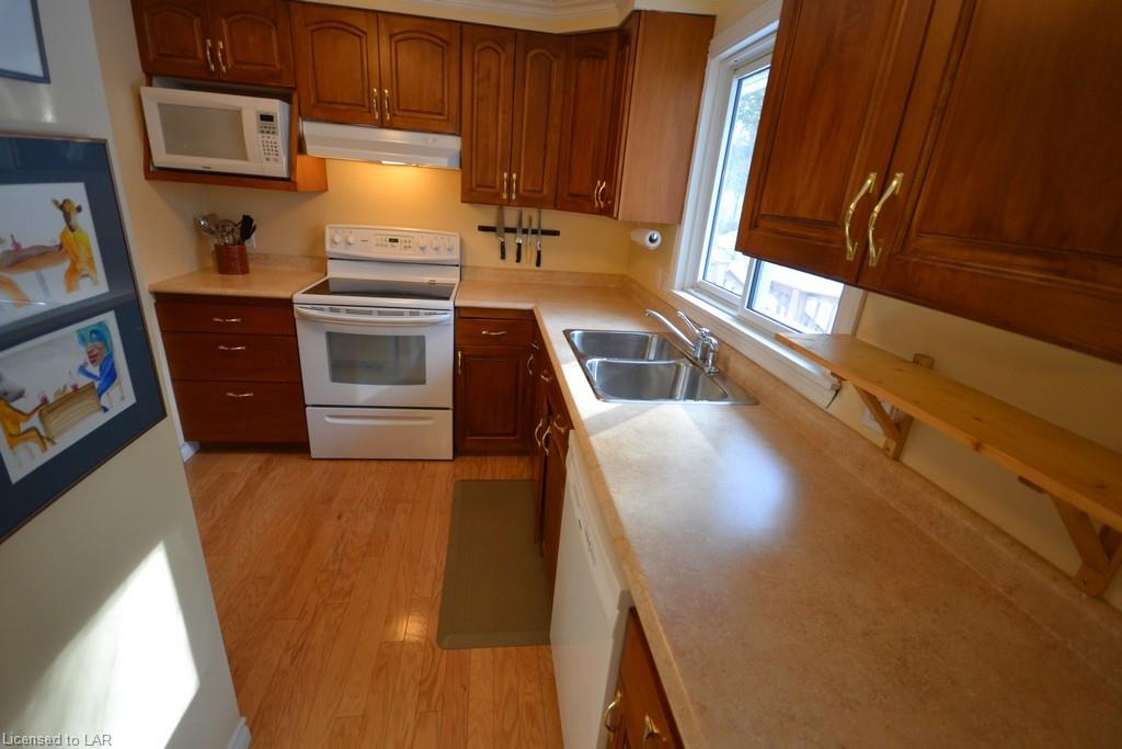 272 HIGHLAND Street, Haliburton, Ontario (ID 250565)