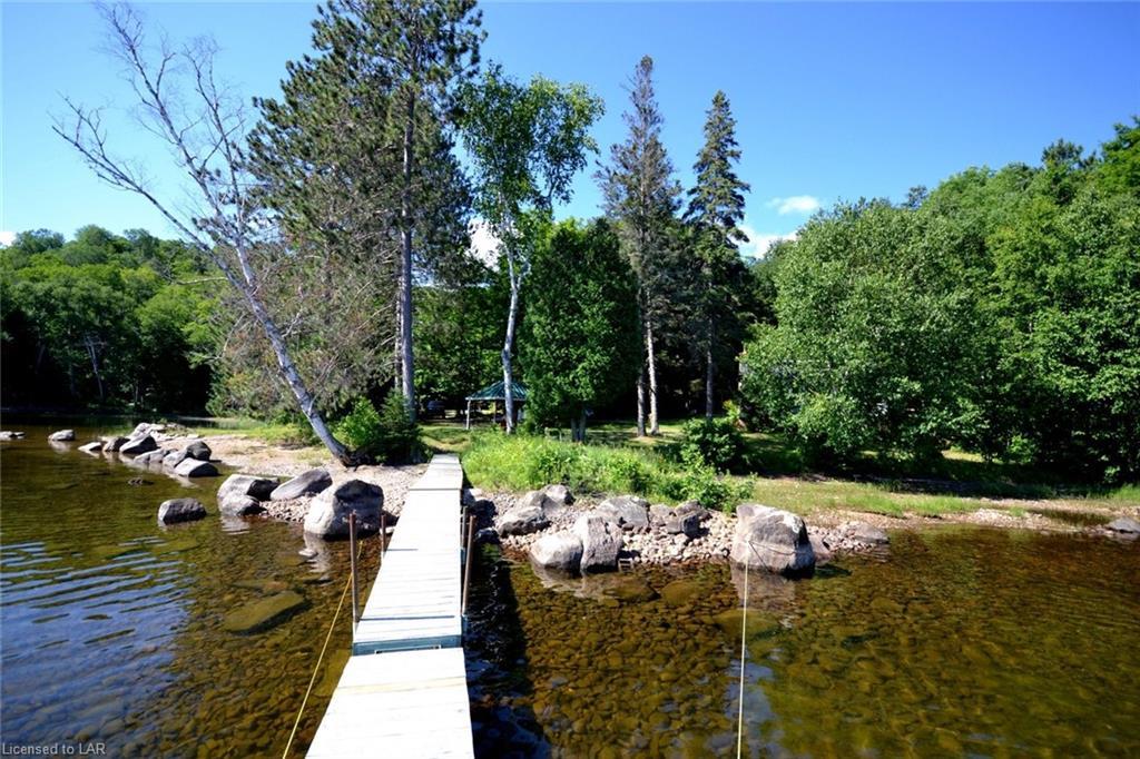 2277 FRED JONES Road, Haliburton, Ontario (ID 274144)