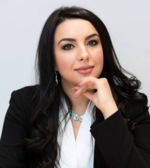 Amanee Mousavi Portrait