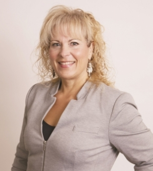 Deborah Rankin portrait