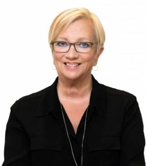 Jennifer Allen Portrait