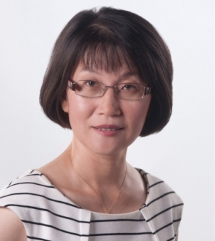 Lisa Bian Portrait