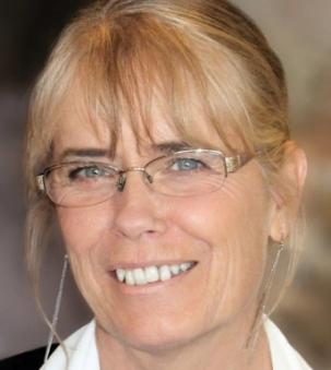 Lynn Mucci portrait