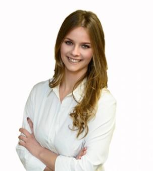 Madeline Visser Portrait