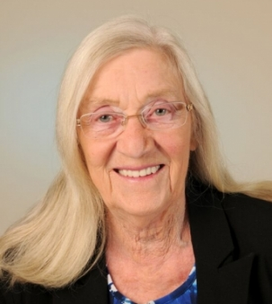 Hazel Ladouceur portrait