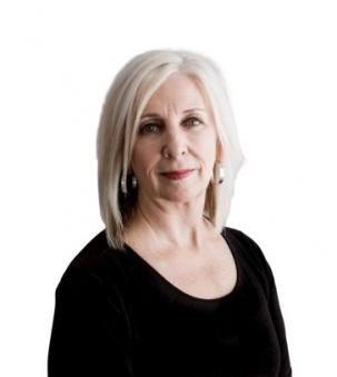 Lorri Roberts Portrait