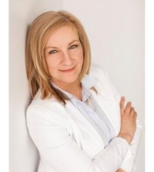 Dianne Coyle